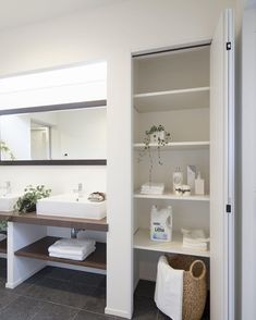 Pin by yoshie.k on ホームアイデア in 2019 Washroom, Bathroom Medicine Cabinet, Upstairs Bathrooms, Beautiful Bathrooms, Bathroom Inspiration, Minimalist Design, Powder Room, Home Furniture, Interior Decorating