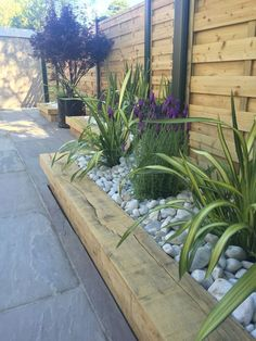 garden fence ideas LANDSCAPE FLOWERS #FenceLandscaping