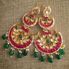 We just cant get enough of these beauties that we are posting in our One more double chand INR 3750 /- Indian Wedding Jewelry, Bridal Jewelry, Gold Jewelry, Bridal Bangles, Pakistani Jewelry, Cuff Jewelry, Indian Weddings, Simple Jewelry, Indian Bridal