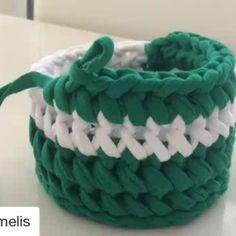 """351 Likes, 3 Comments - Dominika Toruń/Poland #KotToOn (@keskese1979) on Instagram: """"#Repost @orgumelis #örgü #örgümodelleri #sepet #penyeipsepet #penyeip #crochet #crochetbag…"""""""