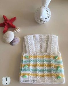This Pin was discovered by sul Baby Cardigan Knitting Pattern, Baby Knitting Patterns, Doll Patterns, Knitting For Kids, Crochet For Kids, Girls Sweaters, Baby Sweaters, Crochet Collar, Knit Crochet