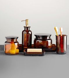 Pharmacy Accessories Amber Glass from Restoration Hardware. Saved to Bathroom. Shop more products from Restoration Hardware on Wanelo. Porta Shampoo, Apothecary Decor, Apothecary Bathroom, Apothecary Bottles, Antique Bottles, Vintage Bottles, Vintage Perfume, Antique Glass, Mason Jars