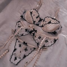 Sexy Lingerie, Lingerie Outfits, Pretty Lingerie, Beautiful Lingerie, Lingerie Sleepwear, Sexy Outfits, Women Lingerie, Cute Outfits, Fashion Outfits