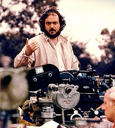 This is a picture of the director Stanley Kubrick and it was taken on the set of the film Barry Lyndon It is a British-American period drama film written, produced, and directed by Kubrick. Stanley Kubrick, Eyes Wide Shut, Dirty Dancing, Pulp Fiction, Barry Lyndon, Top 10 Films, A Clockwork Orange, Thing 1, Jackett