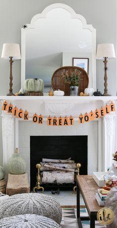 DIY - Halloween Banner. Trick or Treat Yo'Self - fall halloween decor