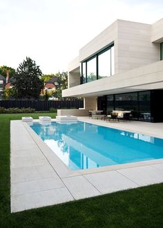 Beautiful outdoor in Madrid designed by Studio A-cero.