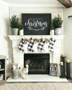 Farmhouse Christmas decorating