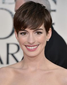 Cosmo's Celeb Style Secrets Video Series: Anne Hathaway Pretty Pixie Edition     This will be great for when I get a pixie hair cut!