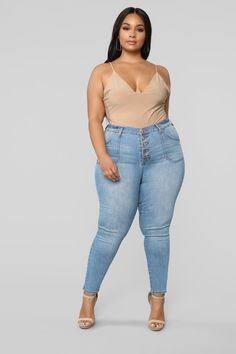 Women S Plus Size Dresses Dillards Looks Plus Size, Plus Size Model, Curvy Women Fashion, Plus Size Fashion, Cos Alto, Plus Zise, Full Figured Women, Fashion Nova Models, Plus Size Jeans