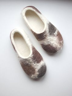 Handmade Felted slippers from 100 percent natural sheep's wool for women, made to order: