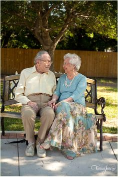 I wanna photograph sweet couples that have been together this long! Older Couples, Mature Couples, Couples In Love, Sweet Couples, Older Couple Photography, Family Photography, Wedding Photography, 50th Wedding Anniversary, Anniversary Photos