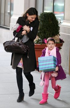 Exclusive - Katie Holmes and Suri Cruise Head to a Party