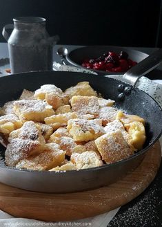 Rezepte My soul-flattering, quark, semolina, Kaiserschmarrn with berry groats Select Your Style Of M Desserts Français, French Desserts, French Toast Casserole, Breakfast Casserole, Breakfast Hotel, Brunch Recipes, Breakfast Recipes, Pancake Healthy, Gluten Free Bakery