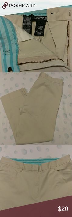 Jones New York signature pants Khaki colored ,96%cotton 4%spandex flat front ,two front pockets. 37' inseam 28' NWOT Jones New York Pants Ankle & Cropped