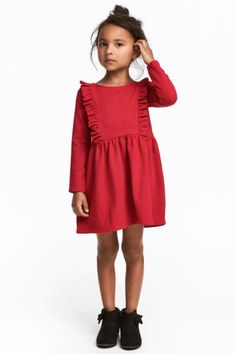 Dress in soft jersey with a patterned tulle skirt. Printed design at front, cap sleeves, and a seam at waist with attached, glittery Toddler Christmas Dress, Kids Christmas Outfits, Girls Christmas Dresses, Kids Outfits, Little Girl Fashion, Toddler Fashion, Kids Fashion, Baby Girl Dresses, Baby Dress
