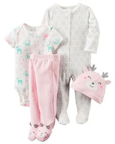 This babysoft cotton set is complete with a sleep & play plus a matching bodysuit, pants and cap to keep her cuddly from head to toe. A perfect gift for her first days home.