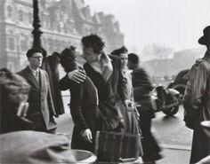 """""""BAW01217"""" Robert Doisneau - Le Baiser de l'Hotel de Ville, Paris, 1950 (9 X 12)"""