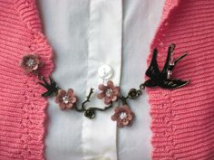 Sweater Clips, Cardigan Clips, Retro, Rockabilly, Blackbirds and Flowers.  via Etsy.