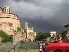 ROMA in un giorno di temporale.  Foro imperiale.
