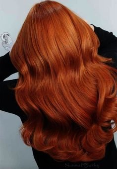 Copper Hair Color Shades: Copper Hair Dye Tips color cuivre 57 Flaming Copper Hair Color Ideas for Every Skin Tone Hair Color Shades, Red Hair Color, Cool Hair Color, Copper Gold Hair Color, Color Red, Dyed Tips, Hair Dye Tips, Gold Hair Colors, Brown Hair Colors
