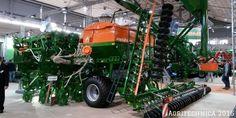 Landtechnik von Amazone auf der Agritechnica