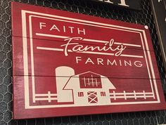 Faith Family Farming Pallet Sign