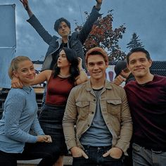 in search for icons? well here is the place! Sweet Pea Riverdale, New Riverdale, Riverdale Poster, Riverdale Cheryl, Mtv, Galveston, Riverdale Wallpaper Iphone, Camila Mendes Riverdale, Betty Cooper Riverdale