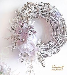 Christmas Advent Wreath, Christmas Crafts For Gifts, Beaded Christmas Ornaments, Easter Wreaths, Deco Mesh Wreaths, Holiday Wreaths, Christmas Decorations, Christmas Makes, Diy Wreath