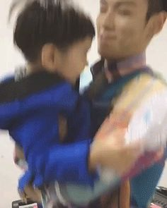TOP with his nephew ♥ Family goalz Vip Bigbang, Daesung, Big Bang, Korean Boy Bands, South Korean Boy Band, One Last Dance, Boys Republic, Top Choi Seung Hyun, All About Kpop