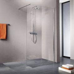Deze extra ruime inloopdouche past perfect in een moderne badkamer.     Ben Walk In Moon Inloopdouche 90x200cm Chroom/Helder glas
