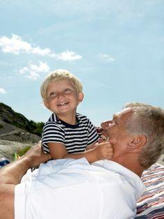 La interacción con los niños ayuda a prevenir el deterioro cognitivo y enfermedades crónicas como el alzhéimer o la demencia senil