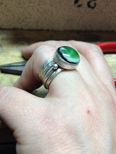 how to make silver rings with glass cabochons