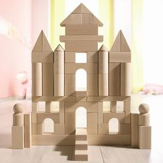 Blocks have be proven to help children learn spatial reasoning and help foster a healthy imagination. This 60 piece set Making Wooden Toys, Wooden Toys For Kids, Kids Toys Online, Wooden Building Blocks, Wooden Blocks Toys, Block Area, Kids Blocks, Kids Wood, Wood Toys