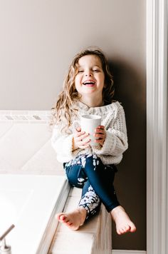 this sweet little @albionfit model making our {Mini Antigua Slate Leggings} look fabulous | @albionfit