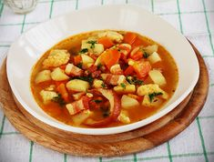 Thai Red Curry, Lunch, Ethnic Recipes, Food, Eat Lunch, Essen, Meals, Lunches, Yemek