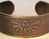 Zelda cuff bracelet! So cute!