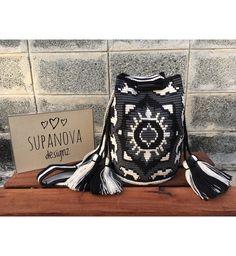 "22 отметок «Нравится», 1 комментариев — SupaNova Designz (@supanovadesignz) в Instagram: «พร้อมส่ง จากแบรนด์ดัง ""Arte&Tejido"" ของแท้ มีโลโก้ที่ก้นกระเป๋าทุกใบนะค่ะ ♀️ รีบด่วน …»"