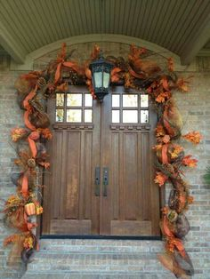 To heck with fall door decorations! I just want that door! Fall Garland, Fall Wreaths, Grapevine Garland, Konmari, Fall Home Decor, Autumn Home, Fall Door Decorations, Thanksgiving Decorations, Thanksgiving 2016