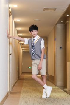 Discover recipes, home ideas, style inspiration and other ideas to try. Cute Korean Boys, Cute Boys, Cute Babies, Asian Kids, Asian Babies, Baby Tumblr, Cute Kids Photography, Ulzzang Kids, Best Photo Poses