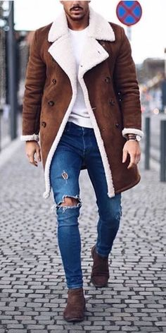 199 smart men outfits ideas that look handsome – page 36 Blazer Outfits Men, Mens Fashion Blazer, Stylish Mens Outfits, Big Men Fashion, Fashion Fashion, Winter Mode Outfits, Casual Winter Outfits, Winter Fashion Outfits, Men Casual