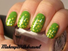 Makeup Withdrawal: Day 11: POLKA DOT nails