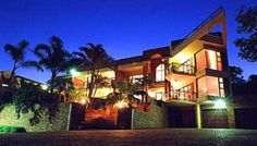The Albatros Guest House - Bed & Breakfast/ Guest House/ Guest Lodge in Margate, KwaZulu-Natal Click on link for more info. http://www.wheretostay.co.za/thealbatros/