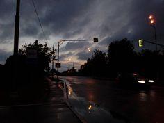погода грустит со мной этим вечером. #vscoedit #vscomoscow #vscofilters #vscocam #vsco #instagram #instadaily #art #artist #lblog #forest #russia #moscow