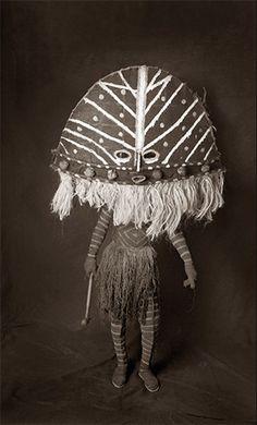 Chokwe Mask, photo by Francois d'Elbee