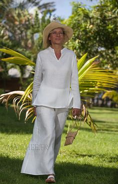 White linen tropical wedding outfit -:- AMALTHEE -:- n° 3451