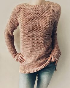crochet sweater pattern women The Rose Dust Sweater is a loose fit sweater with different length in front and back. The sleeves are loose and gives you a comfortable feelin Crochet Baby, Knit Crochet, Crochet Sweaters, Free Crochet Sweater Patterns, Doilies Crochet, Crochet Tops, Crochet Pullover Pattern, Modern Crochet Patterns, Cozy Sweaters