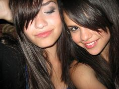 https://flic.kr/p/77PHYd | demi lovato + selena gomez rare | comment if using