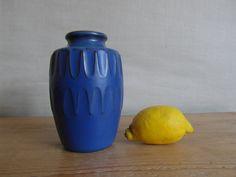 Knabstrup Denmark vase cobalt blue Günter Prashak by danishmood