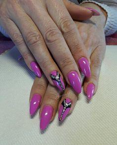 #almond #long #acrylic #nails #strass #pink #black #nailart