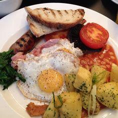 "By @Julie Uyemaruko-Reinhardt ""Breakfast time #london #mylondon #Balans #Soho #breakfast #food #instagram #instamood #instapic"""